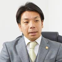 シニアアソシエイト 弁護士 小林 優介