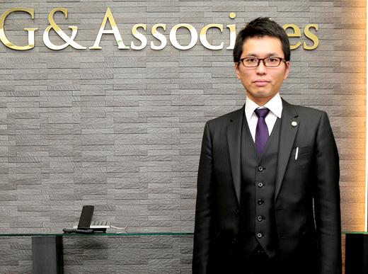 名古屋法律事務所 所長 弁護士 井本敬善