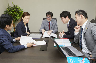 弁護士法人ALG&Associates 大阪法律事務所の打ち合わせ